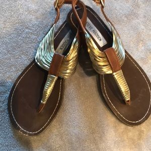 Steve Madden Gold and Brown Leather Sandals